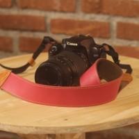 strap kamera kulit merah Diskon