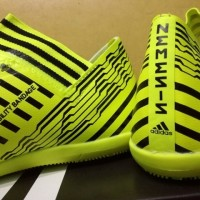 Sepatu Futsal Adidas Nemeziz 17.3 AGILITY BANDAGE Solar Yellow Black