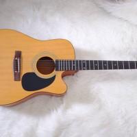 Gitar akustik NATURALDOFF PREMIUM SIPRUS WOOD