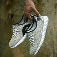 Sepatu Sneakers Adidas Yeezy Boost - Unisex - Keren Premium Murah