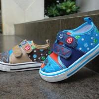 Sepatu sneakers anak laki laki slip on Kipper tipe Kb 101 uk 22-26
