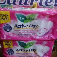 pembalut wanita LAURIER ACTIVE DAY isi 8
