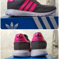Sepatu Adidas Running Warna Abu Unisex