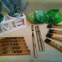 Kylie eyeliner waterproof