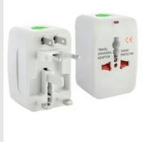 (Sale) steker universal travel adaptor