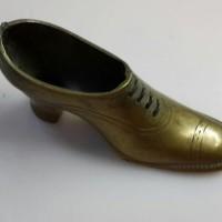 (Sale) antik sepatu kuningan