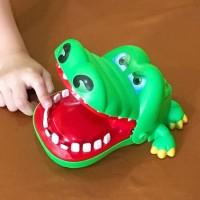 CROCODILE BITE GAMES / family permainan keluarga anak running man game