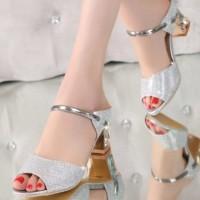 Sepatu Wanita High Heels Hak Tahu US34 - Glitter Silver CA