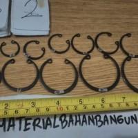 snap ring circlip ring retaining ring diameter 20 mm M 20 seeger ring