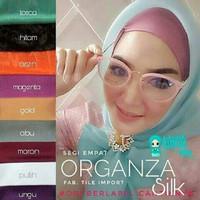 segi empat organza / organdi hijab jilbab instant khimar syari pasmina