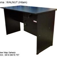 Meja Kantor Meja Kerja Meja 1/2 Biro Big PANEL MTB-102 WALNUT HITAM
