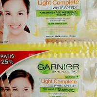 Pelembab cream Garnier Light Complete Sachet