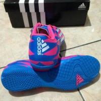 WE57/sepatu futsal anak adidas f5 in trible pack biru merah original