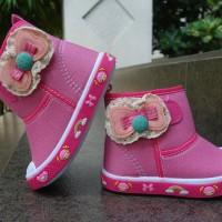sepatu boots anak perempuan merk Kipper tipe Boot 101 uk 23 sampai 26