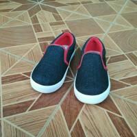 Sepatu Anak Laki-Laki Slip On Hitam Murah Kanvas Casual Trendy