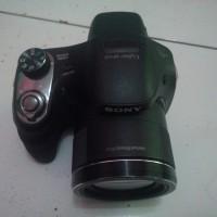 Sony Cybershot DSC-H400 20.1MP 63x optical zoom