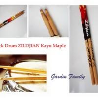 Stick Drum ZILDJIAN Kayu Maple Set 2 Pcs Natural