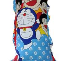 Bantal Cinta Karakter + Sarung Motif - Doraemon