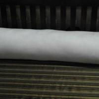 Bantal guling-dacron, ukuran 85 x 35