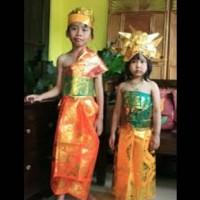 Baju Adat Bali Udeng / Pakaian Adat Bali Udeng