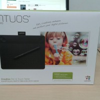 Wacom Intuos Photo CTH-490 Creative Pen & Touch Tablet