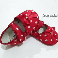 Sepatu Bayi Perempuan - Motif Polkadot Model Pita - Warna Merah Putih