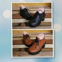 Sepatu Boots Vintage Lucu Murah / Vintage Shoes Coklat/Sneakers Wedges