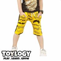 Celana Pendek Caramel Pudding ( Shorts Pants Yellow Mustache )