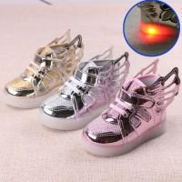 Walker Baby Kid Shoes Sepatu Bayi Anak LED Wings Sayap