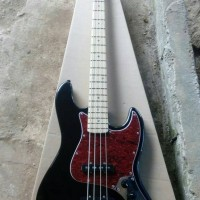 Bass Fender Jazz bass blacky