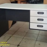 Meja Kantor Meja Kerja 1/2 Biro Putih Abu-Abu MURAH GROSIR L-Print