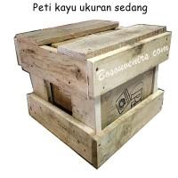 Packingan Peti kayu ukuran SEDANG untuk mengurangi resiko barang Rus