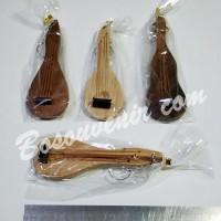 Souvenir Gantungan Kunci Mandolin. Harga Murah & Unik