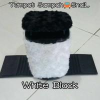 Tempat Sampah Mobil SNAIL White Black