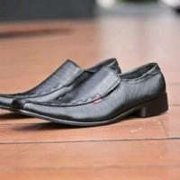 kickers pentofel sepatu formal
