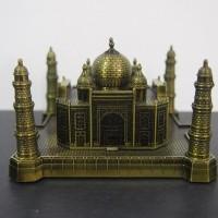 Miniatur metal Taj Mahal - Souvenir dari negara India