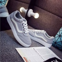 Sepatu Wanita Kets Vans SP31