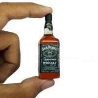 Magnet kulkas miniatur botol Jack Daniels