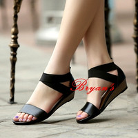 EXCLUSIVE WEDGES BLACK CHARMING