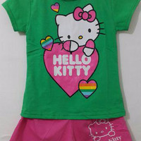 Kaos Setelan Karakter Anak Hello kitty hijau size 1 - 6