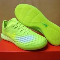 Sepatu Futsal Nike MagistaX Finale II Barely Volt