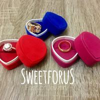 Velvet Heart Ring Box | Kotak Cincin Bludru Hati