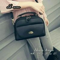 tas selempang simple / tas wanita murah