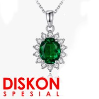 Tiaria 18K ED015 Gold and Diamond Emerald Pendant Liontin Emas Berlian
