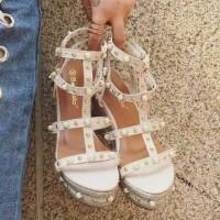 Sepatu Wedges Mutiara