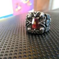 tribal skull ring / cincin tengkorak import batu imitasi