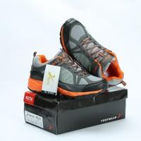 Sepatu Olahraga KETA 190 Grey Orange - Sepatu Running & Outdoor Unisex