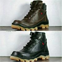 Sepatu Boots Safety Pria Kickers Ujung Besi