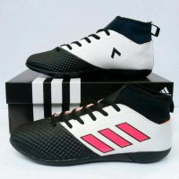 Sepatu Futsal Adidas Ace Boots