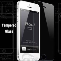 TEMPERED GLASS 9H HARDNESS 0.3mm THICKNESS 2.5D ARC EDGE iPhone 5/5s